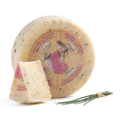 Formagella Tremosine cheese with Wild Garlic